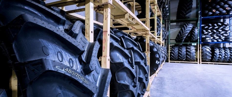 Otto Just-Reifenlager für Fahrzeuge der Agrar- und Forsttechnik